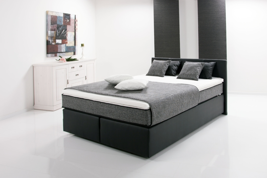 lit boxspring peach 140x200cm noir sb meubles discount. Black Bedroom Furniture Sets. Home Design Ideas